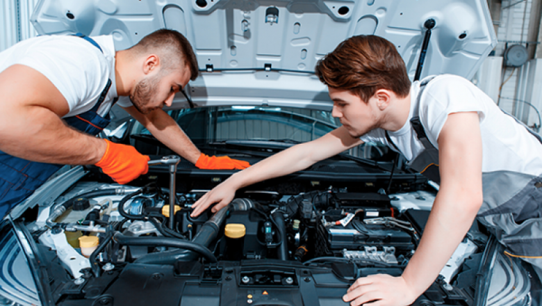 Top Aspects to Consider While Hiring Mobile Car Mechanics