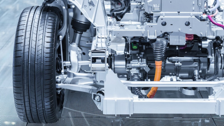 How does an electric vehicle work?